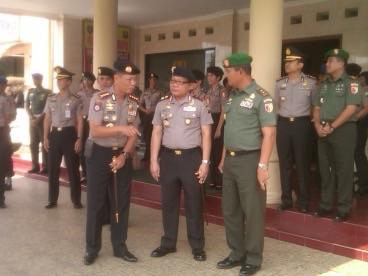 Perwira tinggi Polda Jatim dan Kodam V Brawijaya saat bertemu di Pusdik Porong