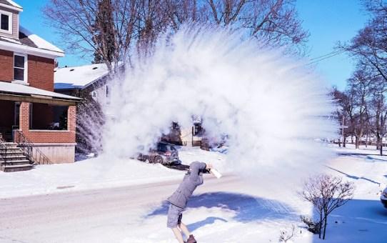 2016 加拿大零下18度 瞬間結冰實驗照 Minus Eighteen Degrees Freeze