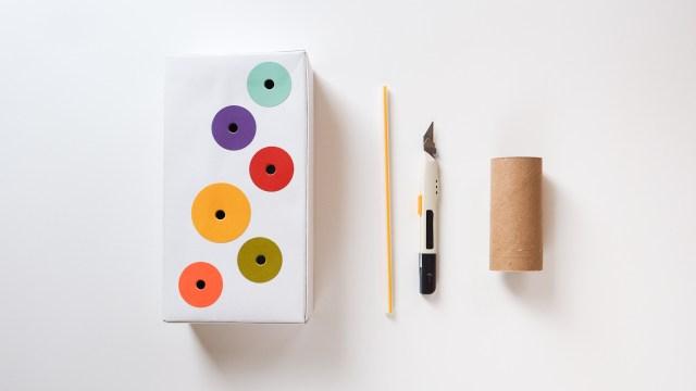DIY 小遊戲 - 捲筒套圈圈 DIY Ring Toss