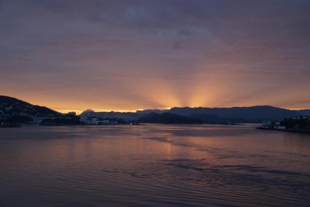 Sonnenaufgang in Alesund