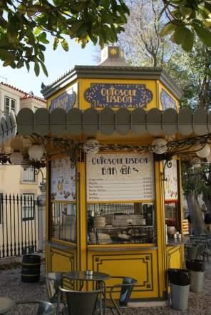 Quiosque Lisboa Bar in Largo da Se