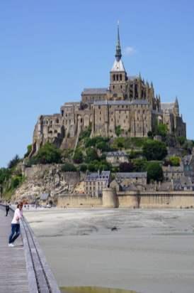 Mont-Saint-Michel von unten