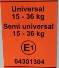 Etiquette apportant les conditions du siège auto suite à l'homologation