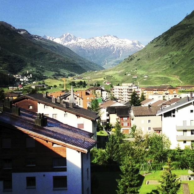 Village, Montagnes - Le Chedi Andermatt - Spectaculaire hôtel - Hôtel, Suisse