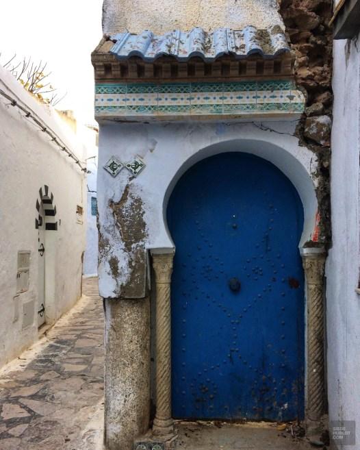 porte bleue ruelle - Hammamet - Tunisie, de la mer au désert - Afrique, Tunisie