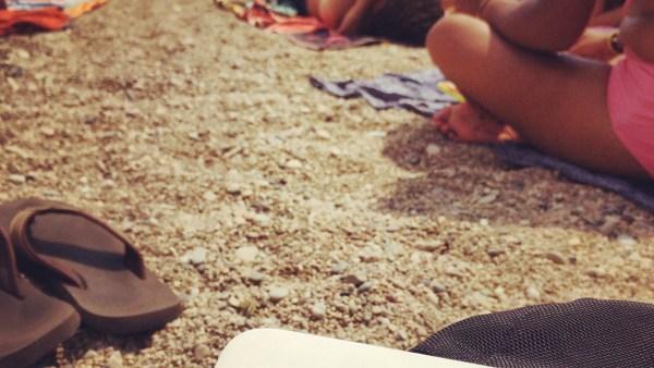 Boitier wifi sur la plage à Villefranche sur mer - Travel Wifi ou l'art de se simplifier la vie - Europe, France