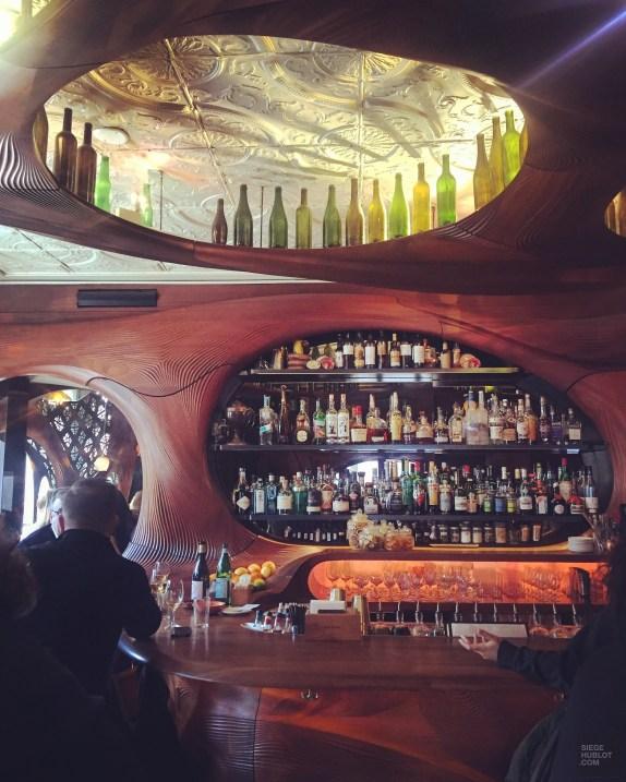plafond bouteilles tapas - Bar Raval - Séjour à Toronto - Amérique, Canada, Ontario