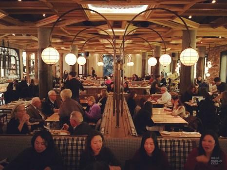 salle tables restaurant - Cluny Bistro - Séjour à Toronto - Amérique, Canada, Ontario