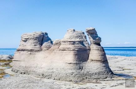monolithes ile Nue 3 - Escapade l Archipel de Mingan, Cote-Nord, Quebec - Quebec