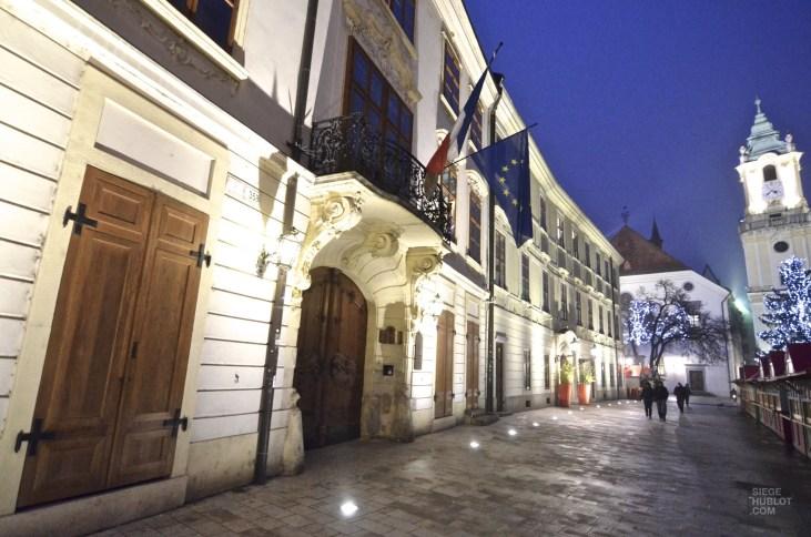 Rue soir vieille ville - Bratislava, Slovaquie - Marchés de Noël - Europe, Autriche, République tchèque, Slovaquie