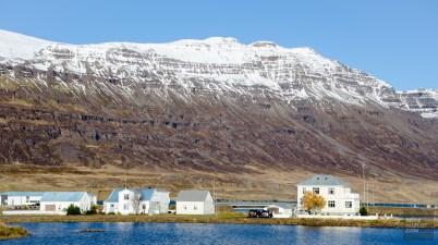 village fjord montagne 2 - Dettifoss, Seydisfjordur et la route de l'est - Islande en 8 jours - Islande, Europe