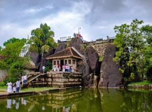Anuradhapura monastere - vieilles cites, temples et monasteres - Sri Lanka, au cœur de l ile - Asie, Sri Lanka