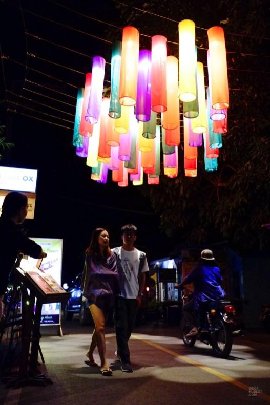 Une rue animée - Le Night Market - Pai et la fraicheur des montagnes - Asie, Thaïlande