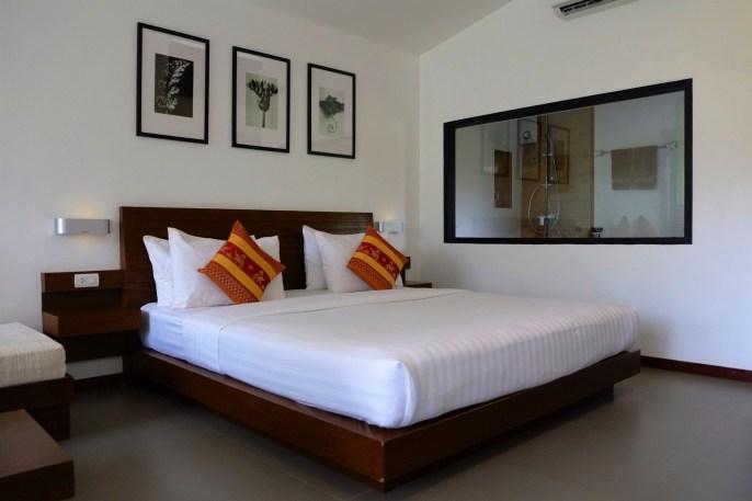 Grand lit et douche chaude - Un Hôtel Charmant - Pai et la fraicheur des montagnes - Asie, Thaïlande