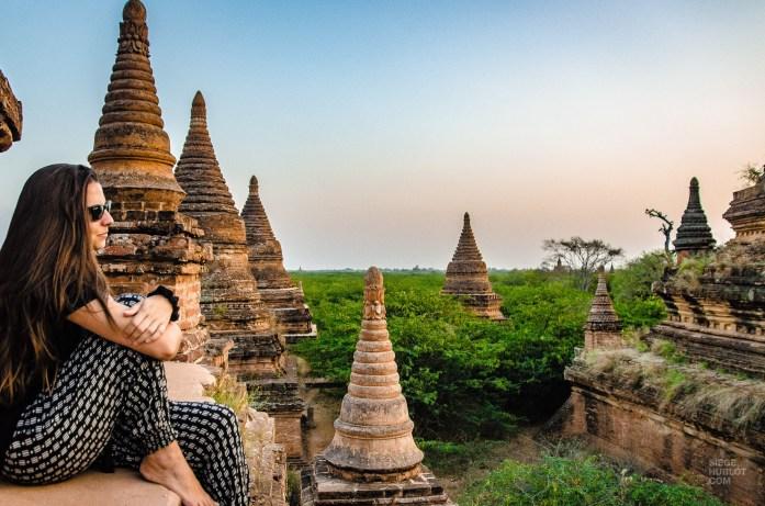coucher de soleil - Bagan, capitale de l ancien royaume de Pagan - A la recherche du temple perdu Bagan, Myanmar - Asie, Myanmar