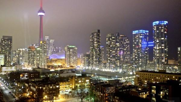 Panorama de la ville, la nuit - 12 Hôtels à Toronto - Amérique du Nord, Canada, Ontario