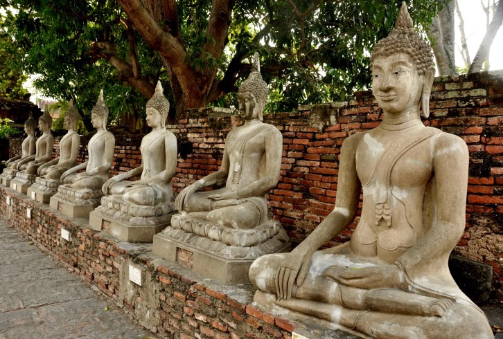 Les nombreuses statues - Les Temples (Wat) - Le parc historique d'Ayutthaya - Destination, Asie, Thaïlande