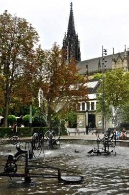 Fontaine Tinguely - Quartier historique et monuments importants - Bâle, une ville au coeur de trois pays - Destination, Europe, Suisse