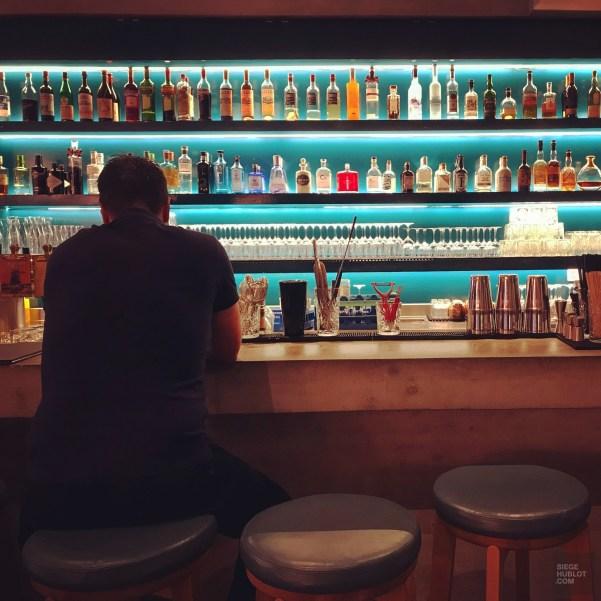 Bar de l'hôtel - Un hôtel contemporain - Bâle, une ville au coeur de trois pays - Destination, Europe, Suisse