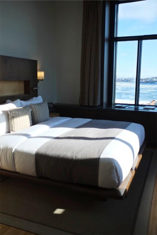 chambre avec vue - Les chambres et suites - L'hôtel 71 dans le Vieux-Québec - Québec, Canada