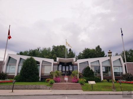 Hôtel de ville - La Vallée-de-l'Or - Une virée en Abitibi-Témiscamingue - Amérique du Nord, Canada, Québec
