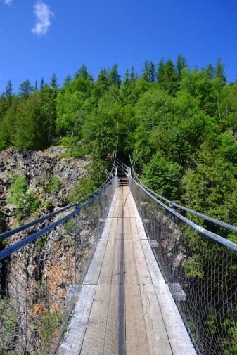 Passerelle suspendue - Mont-Brun et Nédélec - Une virée en Abitibi-Témiscamingue - Amérique du Nord, Canada, Québec