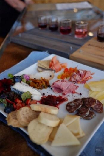 Assiette de produits - Vignoble Amouraska - Un épicurien à Rivière-du-Loup - Amérique du Nord, Canada, Québec, Bas St-Laurent