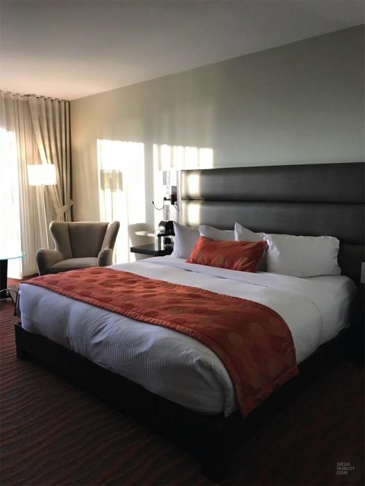 Lit de la chambre - Hôtel Lévesque - Un épicurien à Rivière-du-Loup - Amérique du Nord, Canada, Québec, Bas St-Laurent