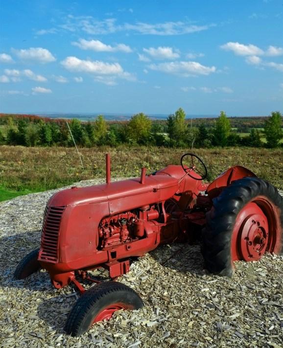 Tracteur - Bleuetière Goulet - Balade en Beauce - Amérique du Nord, Canada, Québec, Chaudière-Appalaches