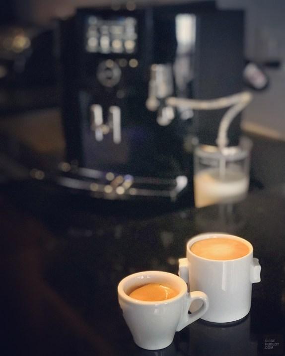 2 cafés S8 - Un café à la Jura, l'excellence à la Suisse! - Europe, Suisse