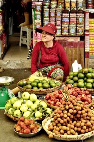 Marchande de fruits - Manger végé - Les meilleurs restaurants végétariens - Vietnam, Asie