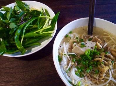 Soupe (phở nấm) - R.O.M (Revolution of Mushroom) - Les meilleurs restaurants végétariens - Vietnam, Asie