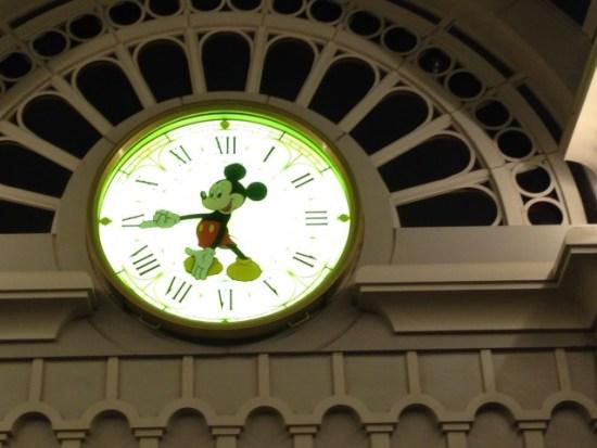 ディズニーの時計