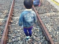 子供は大切だし最優先に考えたいけど子供が歩くレールは敷かない