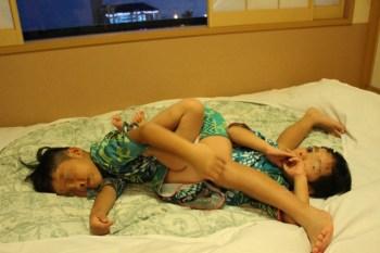 毎日のちょっとした楽しみは子供の寝相をみること