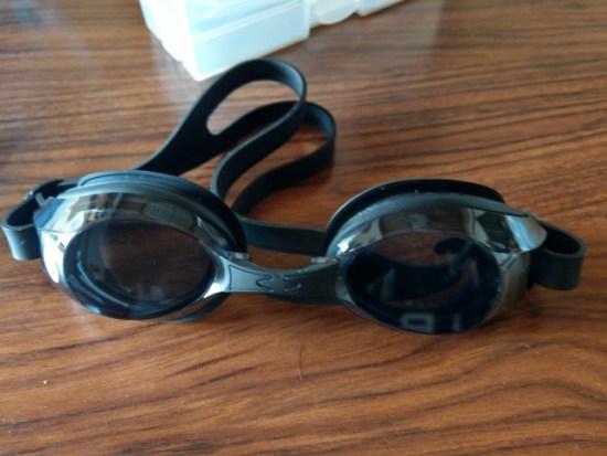 プール用メガネ