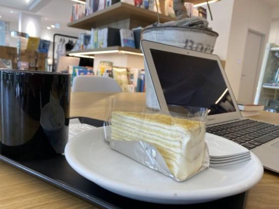 スタークコーヒーのケーキ