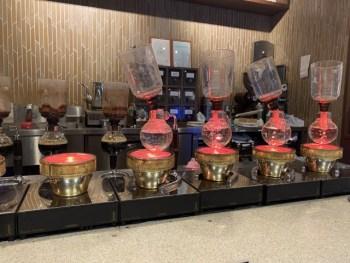 倉式珈琲店のサイフォンコーヒーとデザートが美味しい