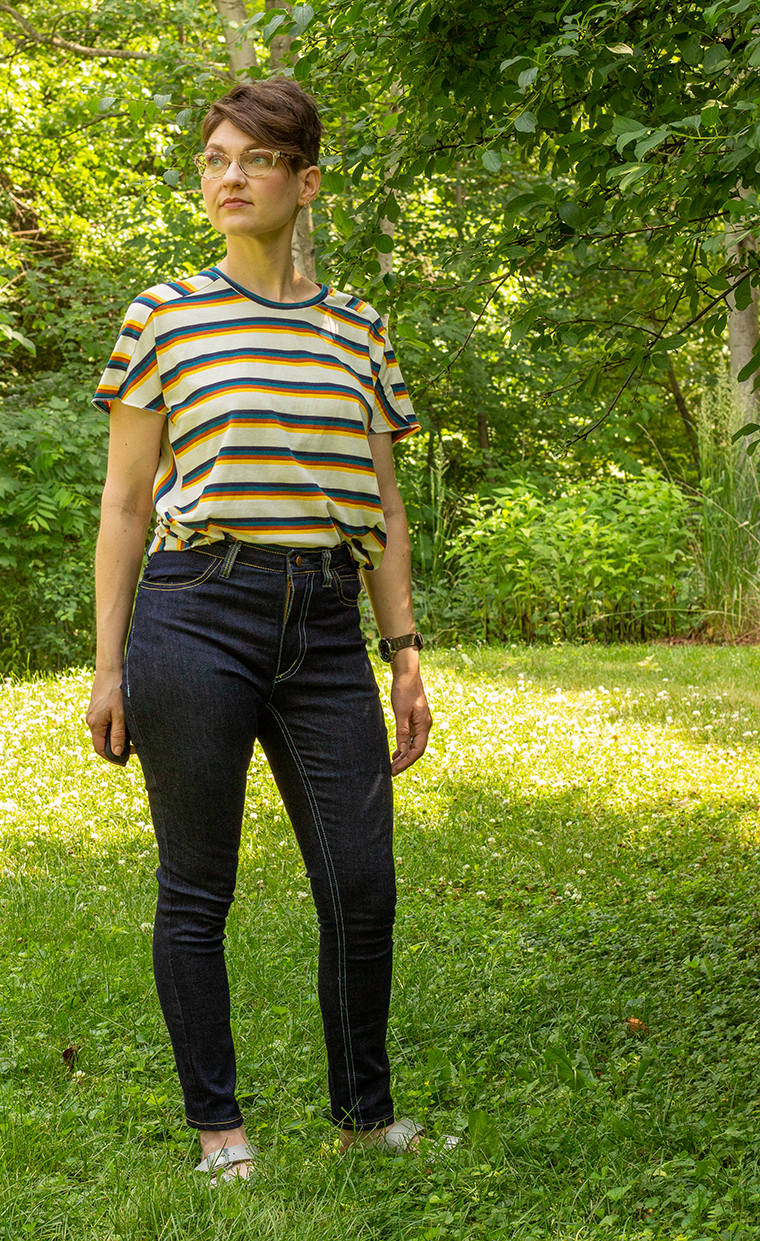 Instead of using a drapey knit, I used a lightweight cotton-polyester knit for this Cass T-shirt.