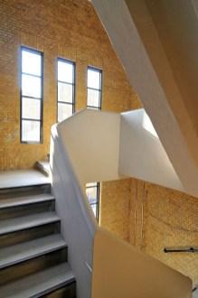 Justus van Effenstraat, trappenhuis