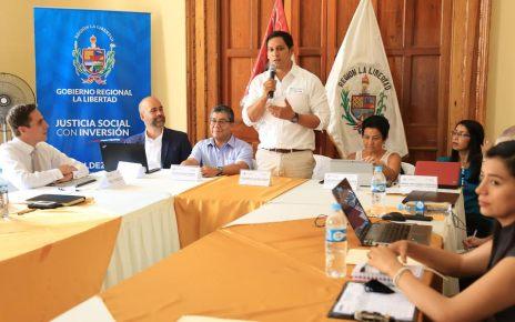 Luis Valdez Farías, cabeza del Gobierno Regional