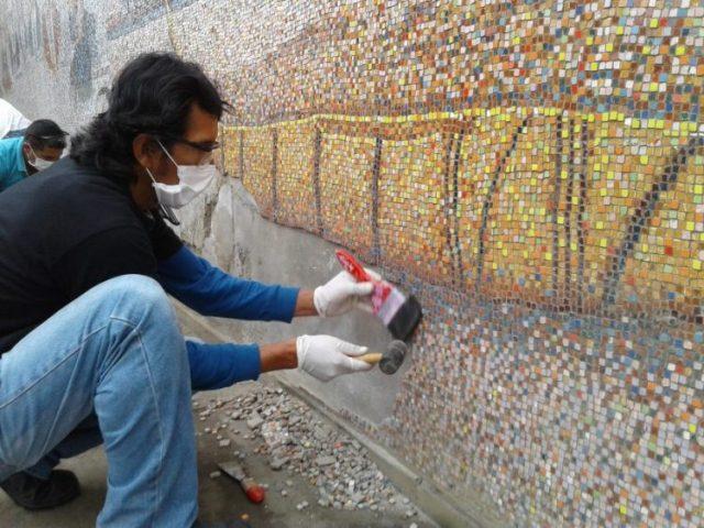 Reformas en el mural de la UNT