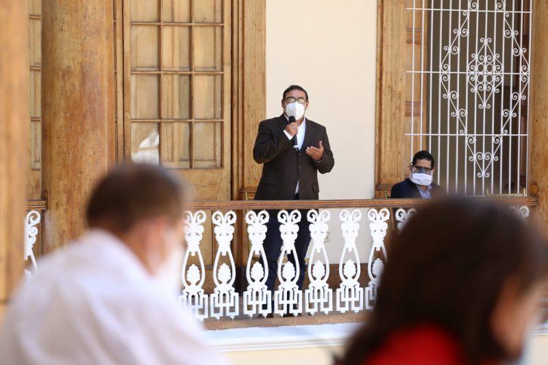 Walter Martos Ruiz y Guillermo Benavides Zavaleta 1