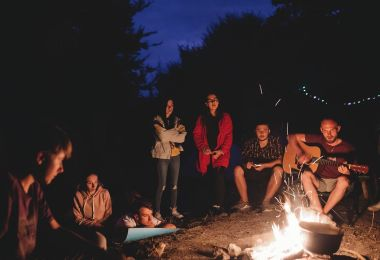 Best Tips for Planning a Camping Trip With Friends