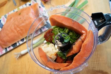 thai salmon burgers-02394