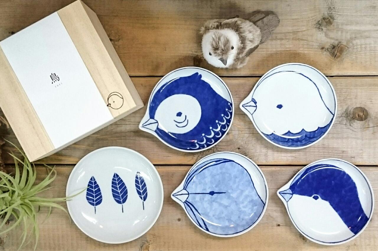 酉年はtori皿(とりざら)で新年を迎えましょう♪波佐見焼のお皿。