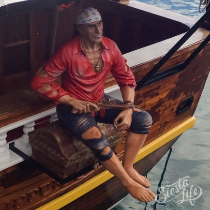 Flipper Uno: восковая фигура пирата