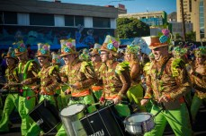 Карнавал на Тенерифе — барабанщики