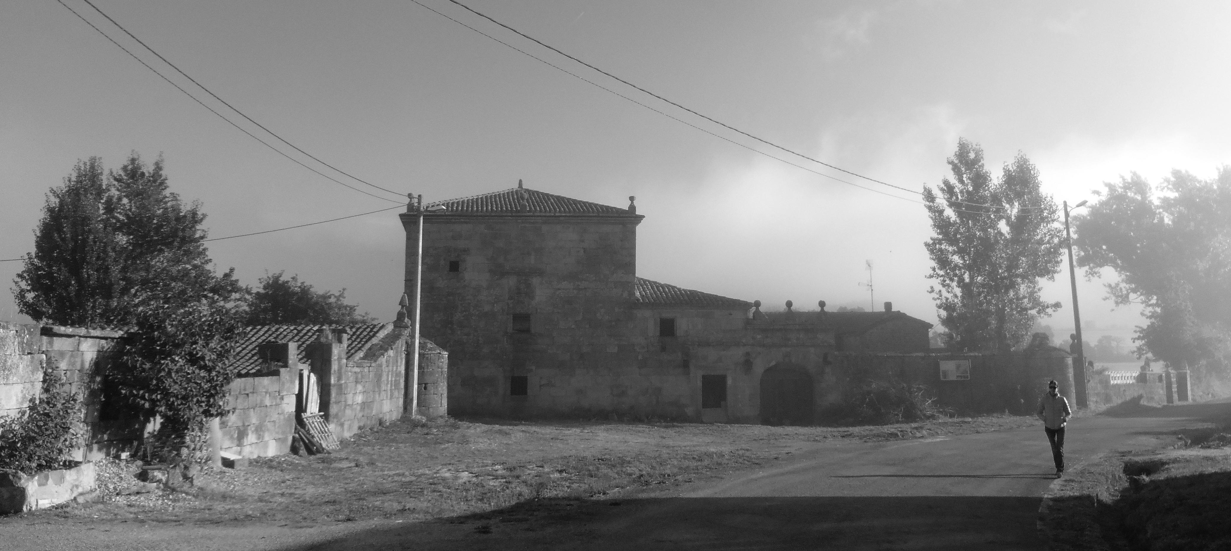sietequince proyecto vivienda rural diseño rehabilitación palacio fachada torre