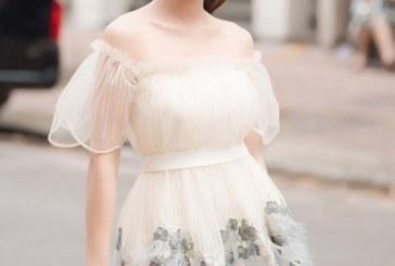 Mê mẩn gương mặt xinh đẹp của Nguyễn Ngọc Nữ